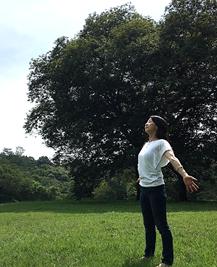 スタジオ・ヨギー池袋 - PMS(月経前症候群)のためのゆったりアロマヨガ〜ブルーな日々を癒す〜の写真2