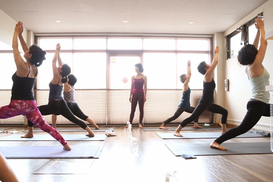 PRAMANA yoga&pilates studio - ◆流派を超えてヨーガのお話と実践◆〜キノシタケイコスペシャルWS〜の写真2