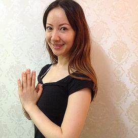 PRAMANA yoga&pilates studio - ★陰ヨガ★ 〜結合組織(靭帯や腱)にアプローチして気持ち良く柔軟性をUP〜の写真1
