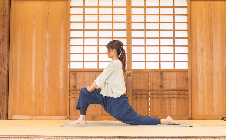 アロマヨガOUSIA(ウーシア) - 2019年新春♪ 奈良の寺ヨガイベント|疲れない身体をつくるヨガと呼吸法の写真2