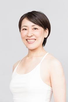 スタジオ・ヨギーOSAKA - 【ワークショップ】アーサナのバランス力と柔軟性を高める 〜静的&動的アプローチ〜の写真1