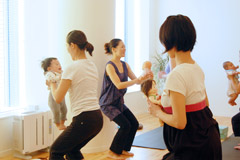 スタジオ・ヨギー新宿WEST/yoggy institute main school - 【ヨガ・トレーニング】マタニティ・産後リカバリーヨガ・インストラクター養成コース(MYC12)の写真1