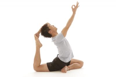 スタジオ・ヨギー新宿WEST/yoggy institute main school - 【ヨガWS】もっと!ヨガ三昧!! 〜股関節を開くポーズと前屈〜の写真1